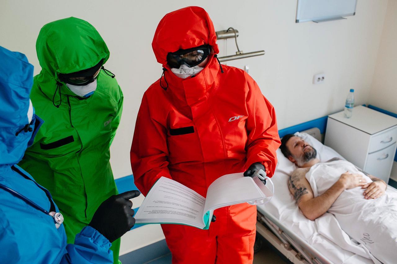 Костюм изолирующий для медицинского персонала многоразовый нестерильный